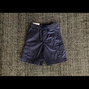 NWT gap navy pull on shorts size 4